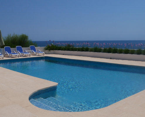 Large pool Serenata Binibeca