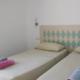 Twin bedroom The Castle Alcaufar