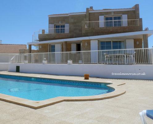 Large gated pool Na Macaret