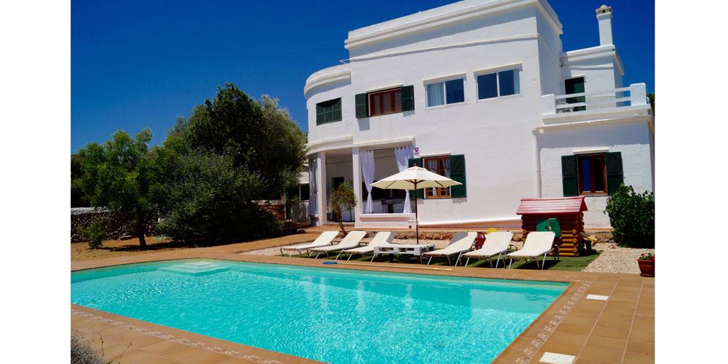Large pool TM064 Sa Caleta